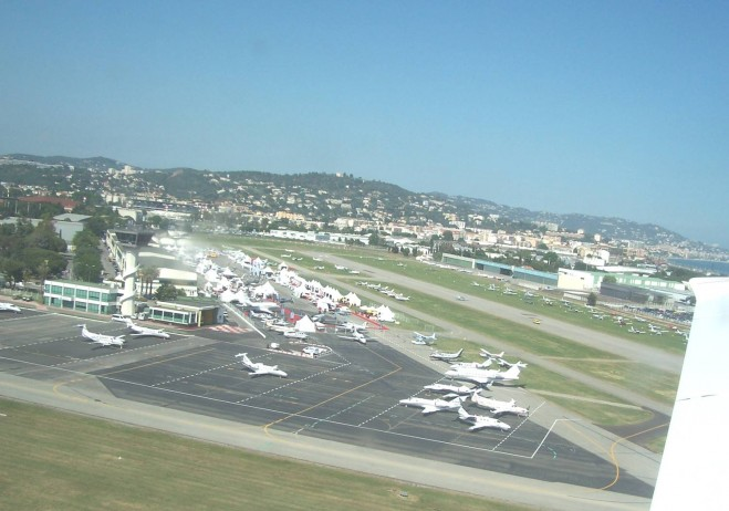 Cannes airport, private jet