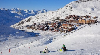 private jet hire Meribel