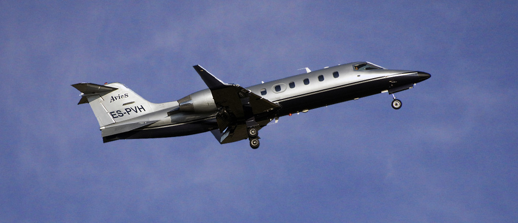 Learjet_31_Private-Jet
