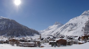 private jet hire val d'isere